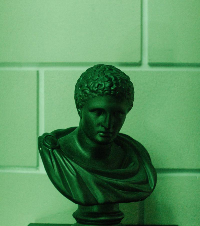 green-sculpture-art-green-sculptures-museum-statue-old-ancient-greek-roman-europe_t20_eoZ2Na